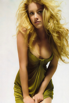 /Erotic session with blonde actress Amber Heard