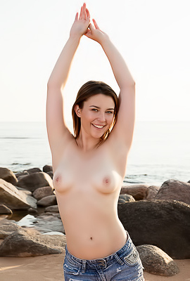 /Playful Teen Dominika V. On The Beach