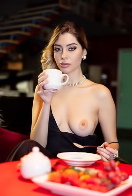 /Erotic Beauty Jocelyn
