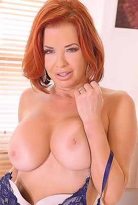 /Veronica Avluv Anal Sex With American Milf
