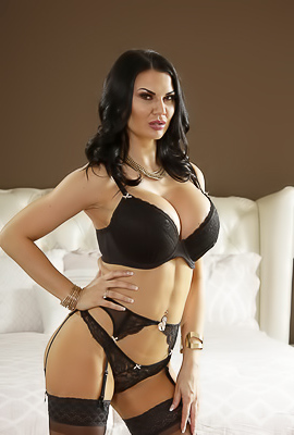 /Jasmine Jae Gives Sexual Lesson