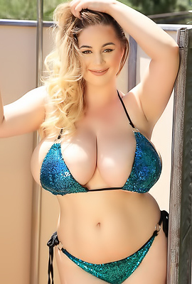 /Holly Garner Presents 34J Tits Size