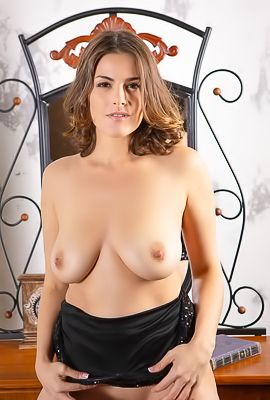 /Eva M Divine Beauty With A Perfect Body