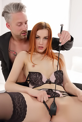 /Redhead Slut Charlie Red Ride Hard Cock