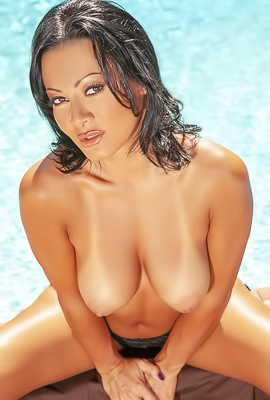 /Sandra Romain Poolside Striptease